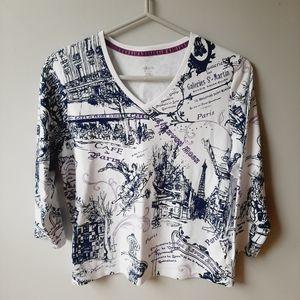 3/$25 🎀 Alia Paris print v-neck